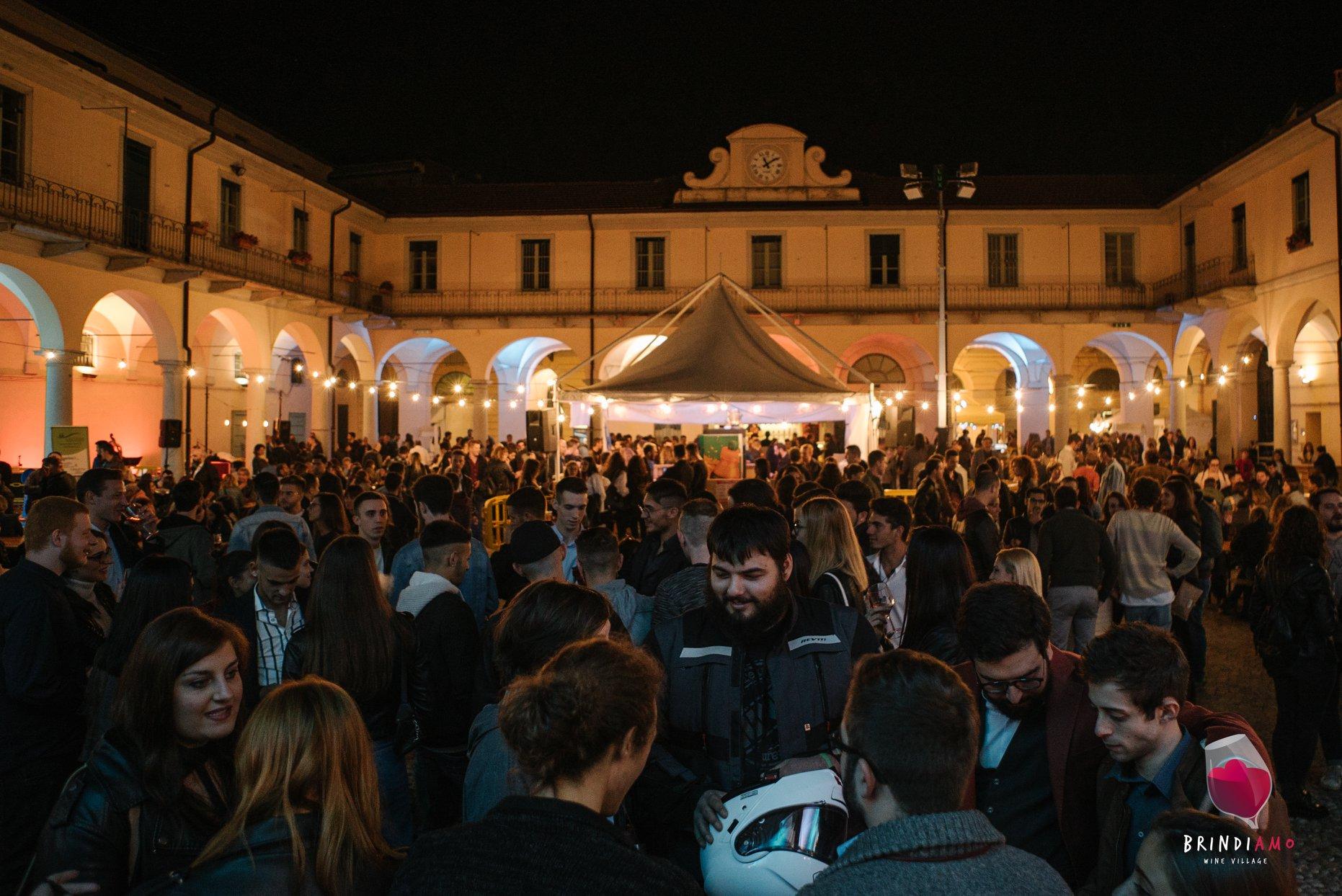 Evento Brindiamo Wine Village.